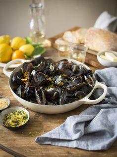 mussels steamed in orange & fennel