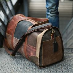Cool Leather Mens Weekender Bags Travel Bag Duffle Bags Overnight Bag for men C. Cool Leather Mens Weekender Bags Travel Bag Duffle Bags Overnight Bag for men Cool Leather Mens Weekender Bags Reiset Leather Suitcase, Leather Duffle Bag, Leather Laptop Bag, Laptop Bags, Bags Travel, Mens Travel Bag, Duffle Bag Travel, Back Bag For Man, Lv Handbags