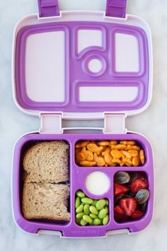 The Bentgo Kids Lunch Box Makes a Varied Lunch Easy (& Leakproof), … - Kinder Mittagessen Toddler Meals, Kids Meals, Toddler Food, Bentgo Kids, Kids Lunch For School, School Lunches, Bento Box Lunch For Kids, Work Lunches, Japanese School Lunch