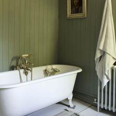 Coloring and Painting Small Bathroom Paint Design Bathroom Paint Design, Small Bathroom Paint, Best Bathroom Designs, Bathroom Green, Kitchen Paint, Kitchen Decor, Wood Panel Bathroom, Wainscoting Bathroom, Barn Bathroom