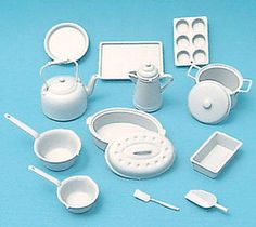 Kits :: Accessories :: Kit Cookware White 14 Pieces - Fairy Meadow Miniatures - A Miniature Enthusiasts Haven