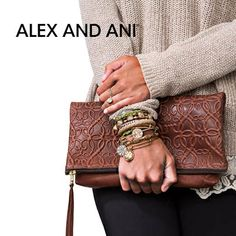 Amazing look!! Visit or Call Blooming Boutique to Order - We ship all over the world.   107 Second Street, Lewes, DE 19958. 302-644-4052 #AlexandAni, #shopsmall