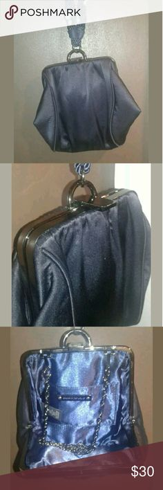 Banana Republic Clutch  (Navy Blue) Great condition and barely worn. Can also convert into a shoulder bag! No scuffs or stains. Very stylish. Banana Republic Bags Clutches & Wristlets