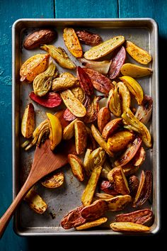 Roasted Potatoes, Fennel and Lemon: Roasting lemon mellows it out without losing its brightness. All the while, it adds a lemony taste to the potatoes, fennel and sweet shallots.