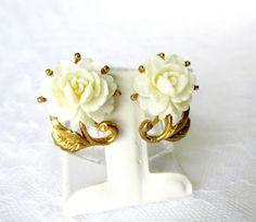 White Flower Bloom Earrings On Gold Tone by SunburyVintageStore
