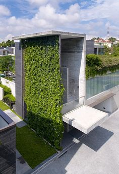 Green concrete wall.