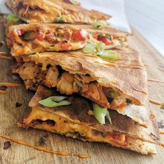 Quesadilla med kylling – World Food Mexican Food Recipes, Ethnic Recipes, Snacks, Tex Mex, Quiche, Chili, Sandwiches, Tapas, Recipies