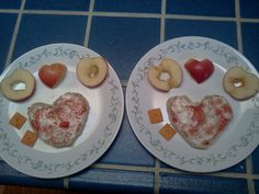 Snacks with hearts done by my sister-in-law Kauane F.