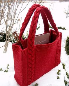 Best knitting bag pattern ideas From clutches to totes, from informal to night, from enjoyable to formal, these free knitting patterns gives you the proper bag for any event. Loom Knitting, Knitting Patterns, Crochet Patterns, Free Knitting, Knitting Projects, Bag Patterns, Crochet Handbags, Crochet Purses, Crochet Bags
