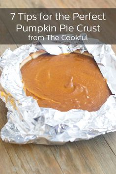 How To Make the Perfect Pumpkin Pie Crust Pumpkin Pie Crust, Pumpkin Pie Recipes, Apple Recipes, Fall Recipes, Holiday Recipes, Great Desserts, Best Dessert Recipes, Delicious Desserts, Yummy Food