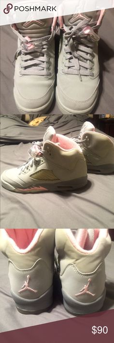 Womens air Jordans Can't remember exactly the size I think these are a kids size 4 which is a womens size 6 Jordan Shoes Athletic Shoes