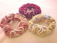 ダブルフリルのアミアミ*シュシュの作り方 編み物 編み物・手芸・ソーイング アトリエ 手芸レシピ16,000件!みんなで作る手芸やハンドメイド作品、雑貨の作り方ポータル