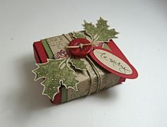 I love the little things you can make with all the Sizzix dies.  I used the Sizzix Match box die to make this cute little Christmas gift box.  You can put either 2 Ghiridelli chocolate squares or 4...