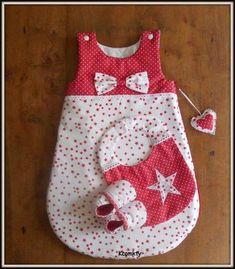 Trendy sewing for kids baby sleeping bags Ideas Baby Couture, Couture Sewing, Sewing For Kids, Baby Sewing, Baby Patterns, Sewing Patterns, Quilting Patterns, Creation Couture, Baby Pillows