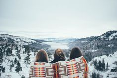 Girl, friends, and winter image friend pictures, travel photography, friend photo Adventure Awaits, Adventure Travel, Camping Outfits, Foto Pose, Friend Pictures, Adventure Is Out There, Oh The Places You'll Go, The Great Outdoors, Picture Video