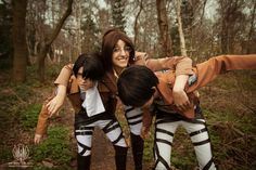 Levi and Eren Cosplays - Attack on Titan / Shingeki No Kyojin - Kitacon 2014 @ So Say We All Ahhhhh I have been super slow at getting to these, th. Attack on Titan - Eren . Levi Wait Up! Aot Cosplay, Epic Cosplay, Cosplay Costumes, Super Hero Shirts, Attack On Titan Eren, Overlays Picsart, Howls Moving Castle, Fangirl, Marvel