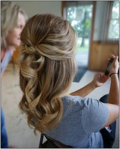 150 chic and elegant wedding hairstyles ideas for bridal page 1 Wedding Guest Hairstyles, Bride Hairstyles, Down Hairstyles, Wedding Hairstyles For Medium Hair, Elegant Hairstyles, Hairstyle Ideas, Hair Ideas, Wedding Hair And Makeup, Hair Makeup