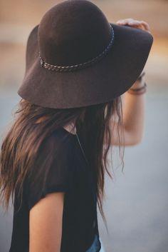 básicos de otoño: sombrero floppy