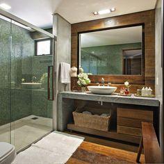 Banheiro com Pastilha Verde de Banheiro simples de Gislene Lopes - Viva Decora