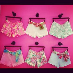 Lilly Pulitzer scalloped shorts! SO cute!
