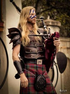 My guy needs to try this. Maryland Renaissance Festival, Men In Kilts, Medieval Costume, Plaid Fashion, My Heritage, Girl Day, My Guy, Outlander, Vikings