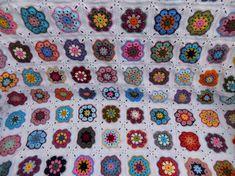 African Flower Square Blanket 2018 Crochet African Flowers, Granny Square Projects, Square Blanket, Instagram Posts, Blog, Blogging