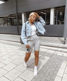these kinda outfits November 25 2019 at fashion-inspo Cute Swag Outfits, Cute Comfy Outfits, Dope Outfits, Short Outfits, Stylish Outfits, Girl Outfits, Summer Outfits, Fashion Outfits, Fashion Clothes