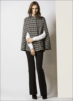 capes October Weather, Capes, Cosy, Normcore, Women's Fashion, Prints, Style, Cape Clothing
