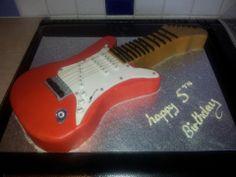 electric guitar cake Guitar Cake, Fender American, How To Make Cake, Cake Decorating, Electric, Cakes, Cake Makers, Kuchen, Cake