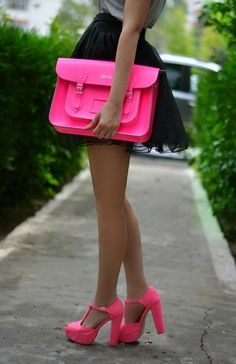 Pink hand bag and high heel pink sandals for ladies.. Click on the pic for more ladies #outfits