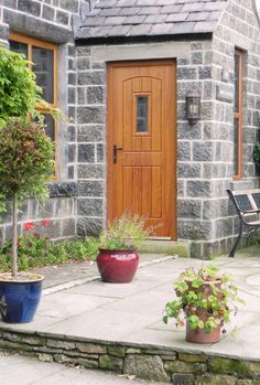 English Cottage #Rockdoor in Light Oak with Clear Glass. Visit www.Rockdoor.com for more information. #LightOak #CottageDoor