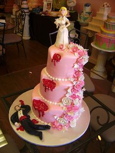 Pink Divorce cake ... for just in came purposes. Lol. Divorce Party, Divorce Cakes, Funny Wedding Cakes, Gorgeous Cakes, Beautiful Wedding Cakes, Amazing Cakes, Cake Logo, Funny Cake, Cake Wrecks