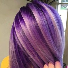 33 trendy ombre hair color ideas of 2019 - Hairstyles Trends Hair Color Purple, Cool Hair Color, Hair Colors, Hair With Purple Highlights, Purple Ombre Hair Short, Faded Purple Hair, Violet Hair, Burgundy Hair, Colours