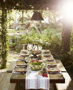 Party Planner: Tomato Harvest Party