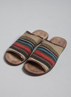 //Billy Reid sandals - great print!