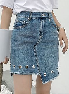 Sewing Skirts Jeans Diy Ideas New Ideas - Diy Crafts Diy Jeans, Long Denim Skirt Outfit, Denim Skirts, Denim Dresses, Jeans Dress, Fashion Dresses, Robes Pin Up, Kleidung Design, Style Feminin
