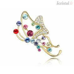 Crystal jewelry, crystal brooch, diamond bracelets, leather bracelets, amber bracelet - ICristla.fr Crystal Brooch, Crystal Jewelry, Diamond Bracelets, Leather Bracelets, Swarovski, Amber Bracelet, Lovely Things, Crystals, Accessories