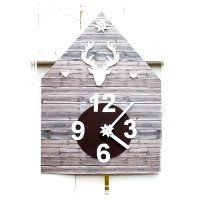 Uhrenbasteln muss nicht kompliziert sein und es muss auch nicht immer kompliziertes Material sein ★ diese Uhr ist aus Papier und Pappe: wie man die Kuckucksuhr selber basteln kann verraten wir hier: http://kreativ-zauber.de/kuckucksuhr-selber-basteln/