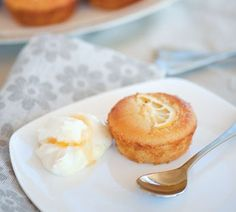 Lemon and almond cakes - Gluten-free & Dairy-free - YUM!