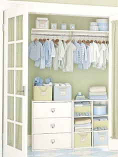 closet organizing for baby