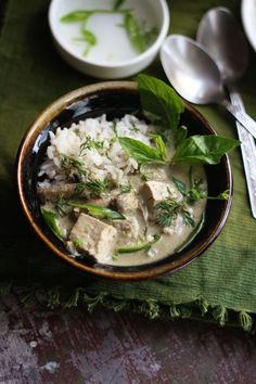 Tofu & Mushroom Thai Green Curry