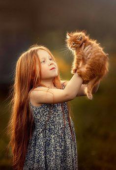 Precious Children, Beautiful Children, Beautiful Cats, Life Is Beautiful, Cute Kids, Cute Babies, Whippet Dog, Colouring Pics, Child Face