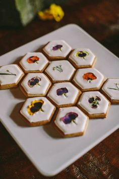 Wildflower-Honey Shortbread with Edible Flowers - so want to Make the these!