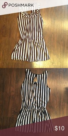 Black and white stripped top Black and white stripped top. Size XL. Brand new condition. Tops Tank Tops