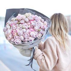 Когда тебя сильно любят Шикарный пышный микс из пионовидных роз Blossom Bubbles и Silver Lace✨
