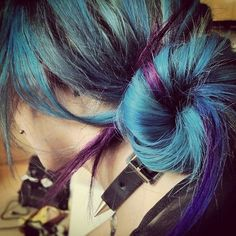 Not exactly my style but I really want that hair :-)