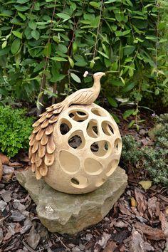 Ceramic Pots, Ceramic Clay, Ceramic Pottery, Concrete Art, Concrete Garden, Slab Ceramics, Plastic Bottle Crafts, Hand Built Pottery, Gourd Art