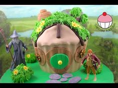 The Hobbit House Giant Cupcake Cake - A Cupcake Addiction Lord of the Rings Tutorial video that shows how to make a giant cupcake cake for Hobbit party Giant Cupcake Mould, Giant Cupcake Cakes, Large Cupcake, Mini Cakes, Cake Icing, Eat Cake, Hobbit Party, Boy Birthday Parties, Birthday Cake
