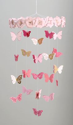 DIY Butterfly Mobile with Close to my Heart and Diy Butterfly Decorations, Butterfly Crafts, Flower Crafts, Butterfly Birthday, Butterfly Baby, Diy Crafts For Gifts, Diy Home Crafts, Crown Template, Heart Template