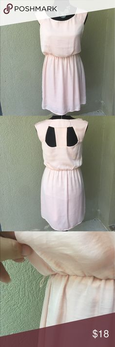 """SALECharlotte Russe Peach dress This dress is perfect for spring and summer! Light peach color, partial cap sleeves, cutouts in the back, elastic waist does have spot for a belt (no belt comes with it), fully lined EUC there is one small water (?) spot on left shoulder see last pic probably will come out when cleaned. 17"""" Bust, 34.5"""" length ✅I ship same or next day ✅Bundle for discount Charlotte Russe Dresses Midi"""